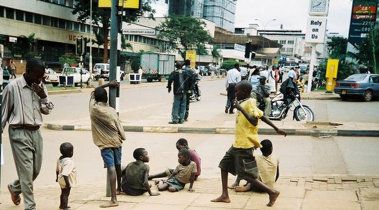 enfants-rue-kampala