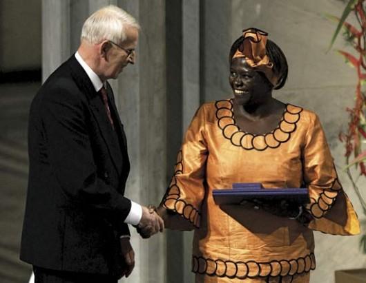 Wangari-Maathai-Nobel-peace-prize