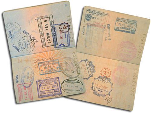 passeport rempli de visa